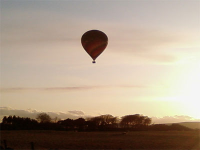Champagne Hot Air Ballon Flight with Alba Ballooning over Midlothian, near to sunset